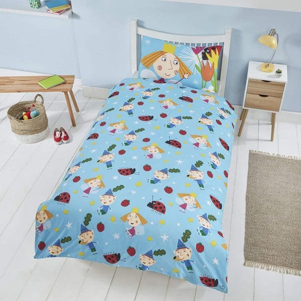 Shows The Reverse Of The Ben And Holly In The Woods Single Duvet Cover