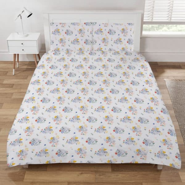 Reverse of the Me To You Bear Being Kind Double Duvet Cover